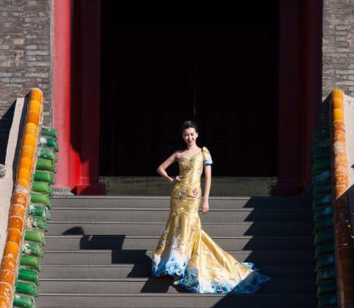 Modelos exhiben la elegancia del Qipao en Shenyang