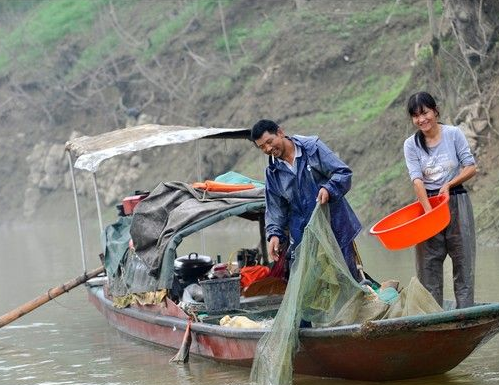 The fishery resources of the Yangtze River have been exhausted and the river's ecological system is now on the verge of collapsing.[File photo]