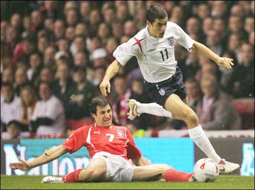 英格兰2 1波兰晋级06世界杯图片 32838 500x373