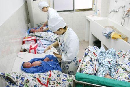 出生人口性别比_2010年人口出生数