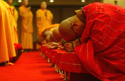 Buddhists vow to work for peace -- china.org.cn