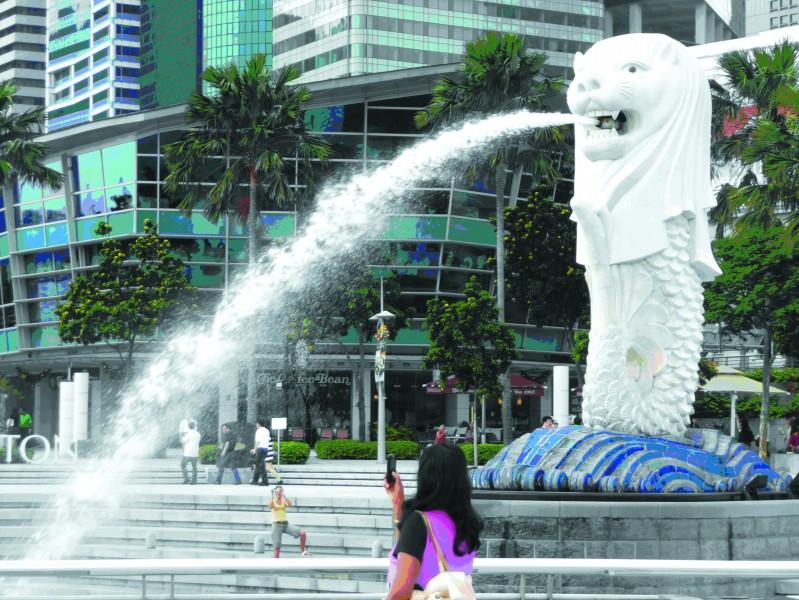 动物表演,各类博物馆,庙宇等等共同构成了新加坡独一