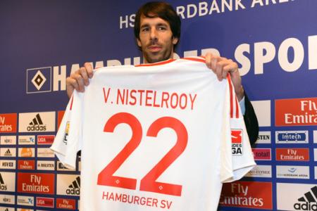 范尼抵达汉堡展示新球衣 禁区之王渴望世界杯