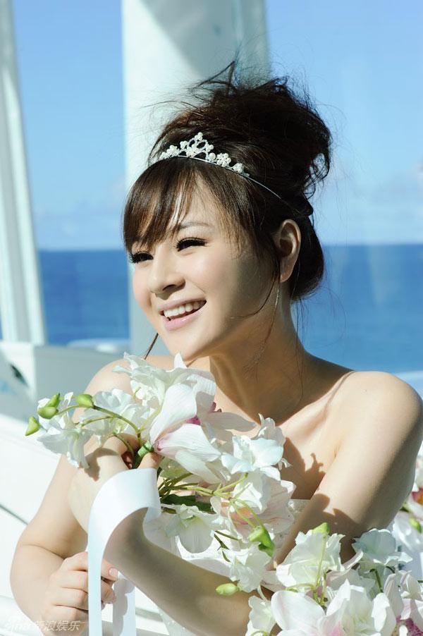 王婧是一位爱生活,爱旅游的时尚女主播,在每年她的休闲计划中,游历