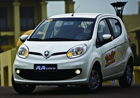 电子风扇 内容摘要: 记者日前从长安汽车获悉,长安旗下全新小车奔奔