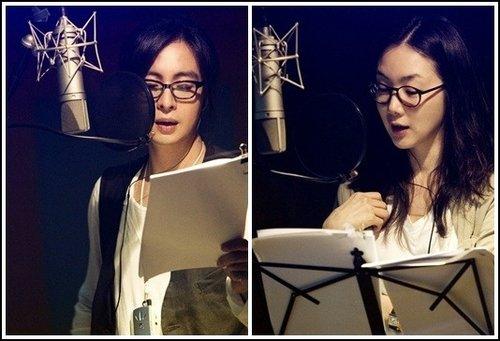 裴勇俊、崔智友为动画版《冬季恋歌》录音.