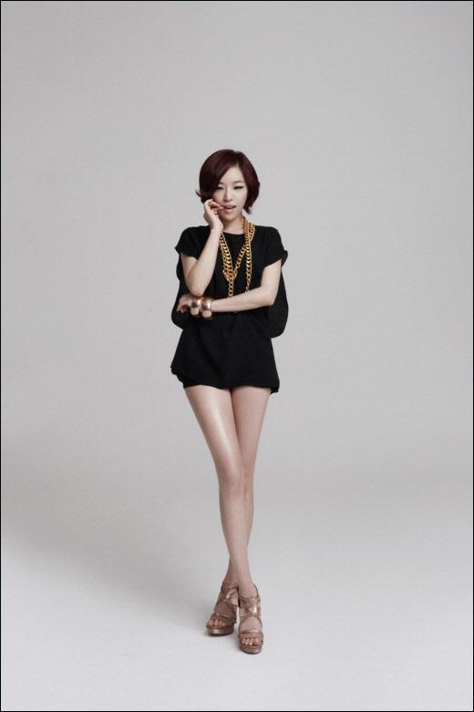 韩国当红美少女组合beg全新写真