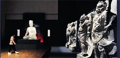 ...东京国立博物馆,这是迄今为止河南省在国际上举办的规模最大...