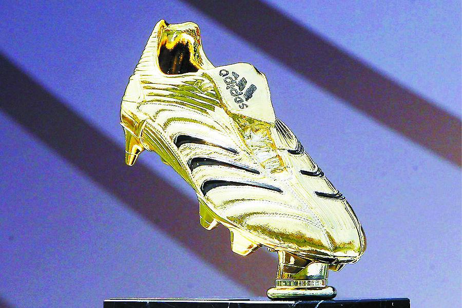 内容摘要: 世界杯金靴奖,是国际足联授予每届世界杯决赛阶...