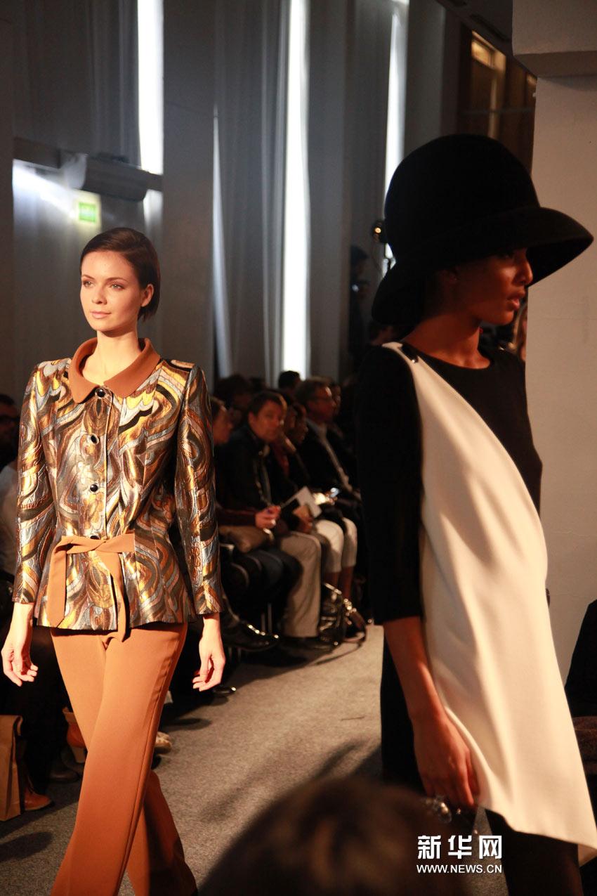 皮尔卡丹亮相2011巴黎春夏时装