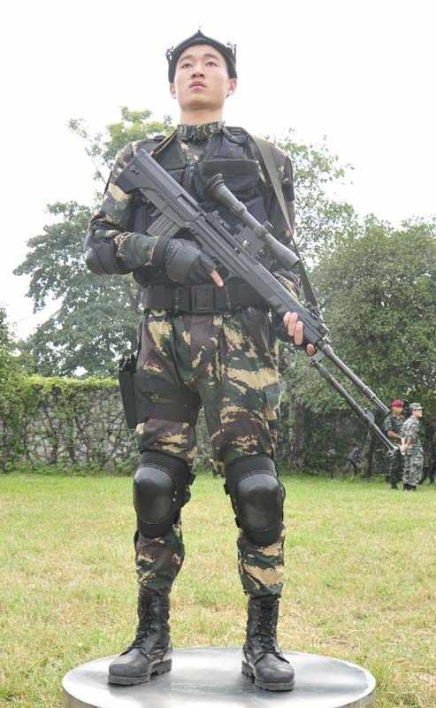 中国特种部队装备 我军特种部队单兵装备介绍 中国士兵的单兵装备图