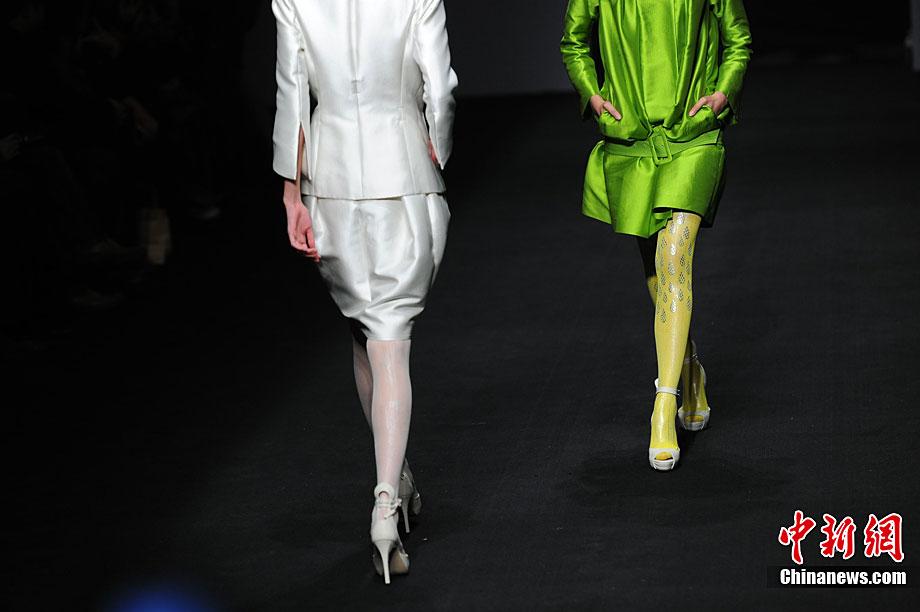 日本服装秀助阵首届国际服饰文化产业论坛