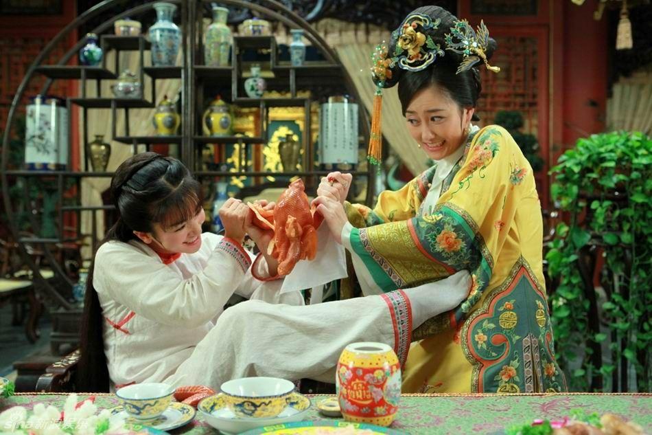 高清国际:新《还珠格格》小燕子令妃打架争吃场面组图搞笑6洲烤鸡赛马场图片