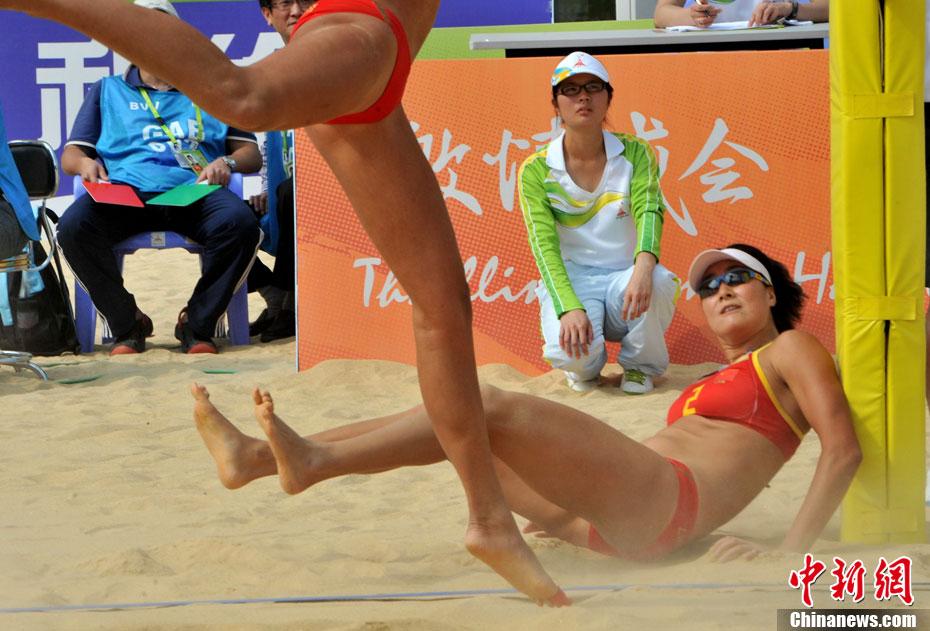 广州亚运会沙滩排球11月15日拉开战幕,女子首战中国组合薛高清图片