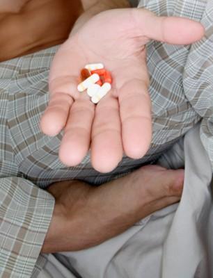 夫妻保健:吃错药让他染上