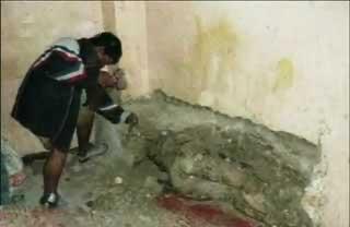 秘鲁犯人杀死探监女友 尸体被砌墙壁中