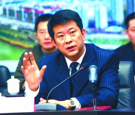 新闻台 新闻中心    1月9日,市长黄奇帆在市三届人大第四次会议上作的