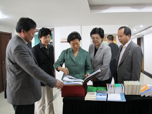 中国人口老龄化_中国人口调查