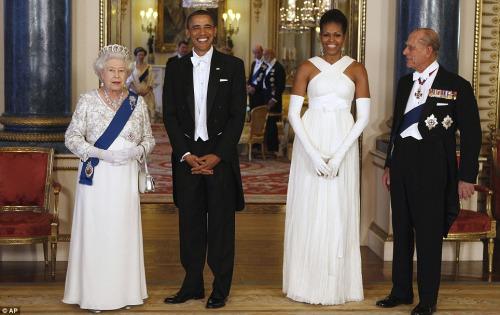 英女王国宴款待奥巴马 好莱坞明星赴宴助兴(图)图片