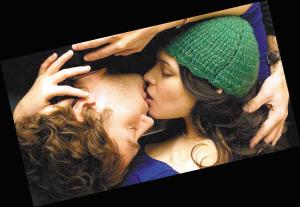 新 还珠格格 片花曝光 接吻很山寨演技太用力
