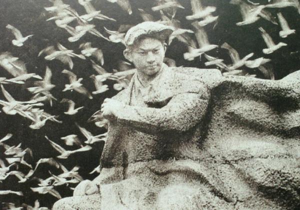 昆明翠湖公园聂耳塑像