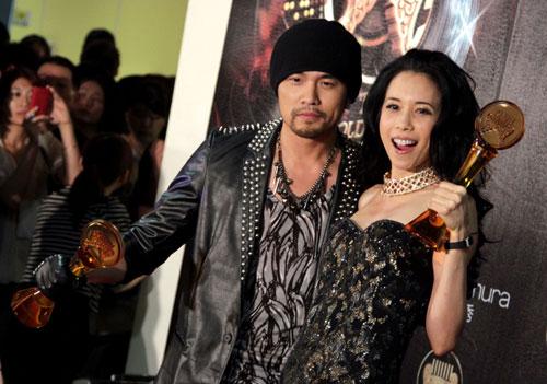 22届流行音乐金曲奖18日在台北小巨蛋举行颁奖典礼,歌手周杰伦(