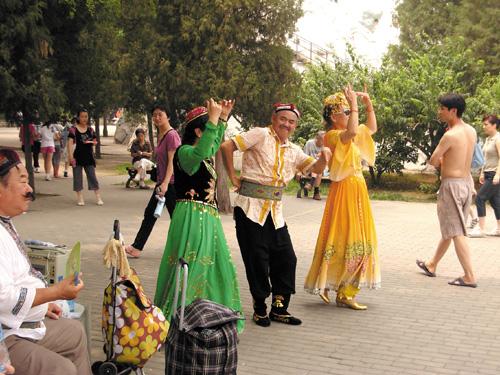 新疆维族女人人体艺术_\