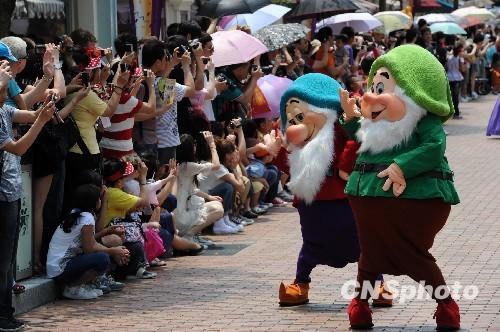 香港迪士尼下月起加价逾1成 较海洋公园早1个月