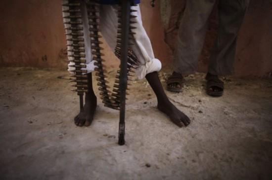 战神的眼泪 -最冷血的战争工具 索马里童军真实生活(4) - foxer - .