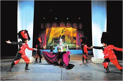 《天鹅湖》改编的童话剧《魔法森林奇遇记》将亮相中国儿童剧场.
