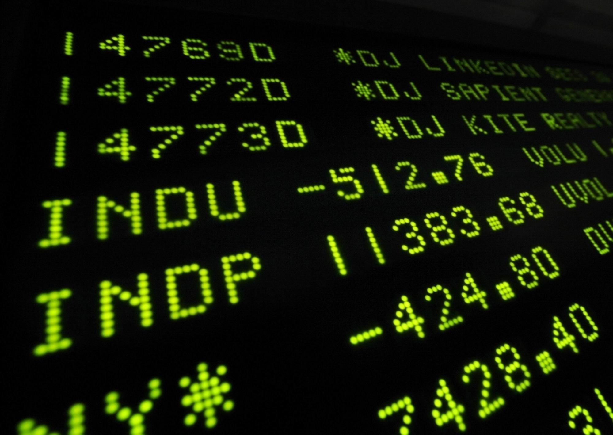 道琼斯指数大跌513点,创造了自从2008年金融危机以来的最差纪录