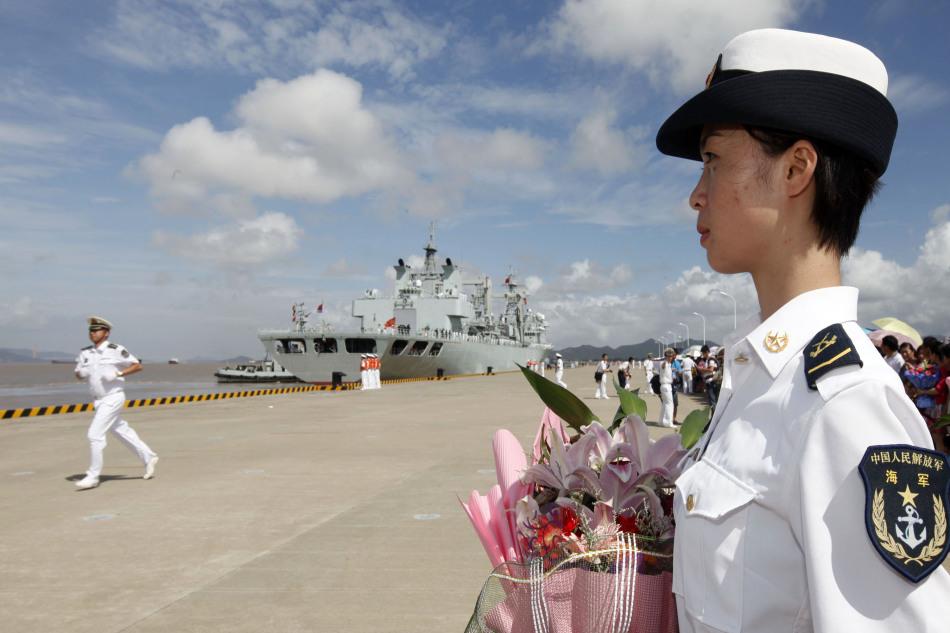 海军第八批护航编队三艘战舰返回舟山