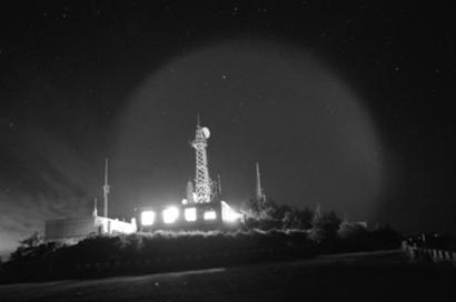 UFO专家 8 20 巨型发光体是不是外星飞碟图片