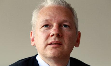 传维基解密创始人阿桑奇自传出炉 批美政府设局