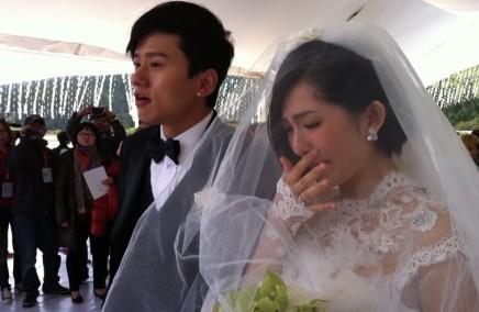 张杰谢娜婚礼 新郎新娘激动落泪 图集图片