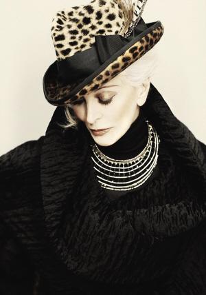 ■ 奥雷菲斯去年拍摄的照片 图GJ-美八旬超模依然活跃时尚圈高清图片