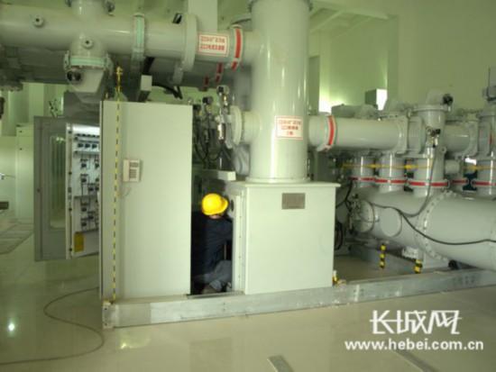 门禁系统与灯光控制设备联动;门禁系统与视频监控,火灾报警系统联动