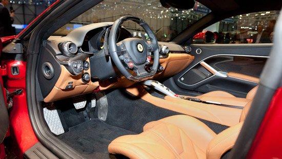 法拉利f12berlinetta内饰 激发肾上腺的好车 高清图片