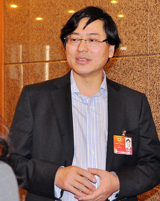 杨元庆委员 让利于民 是拉动内需的关键