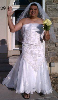 变美人鱼穿婚纱送儿子上学