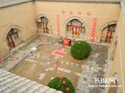 网上看河南:陕县地坑院欣赏没有建筑师的建筑图片