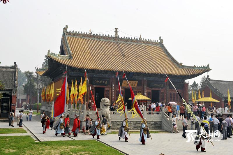 网上看河南 媒体记者参访 天下第一陵 太昊陵