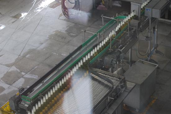 珠江啤酒 酿造至纯,经营至诚