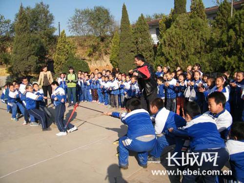 武安:支教教师为农村学校注入活力