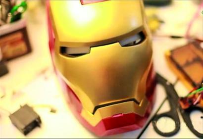 向 钢铁侠 致敬 耗费一年 折腾帝 打造道具头盔