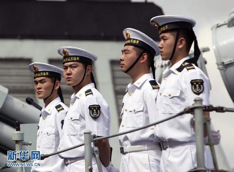 12月18日,在澳大利亚悉尼花园岛海军基地,中国海军护航编队