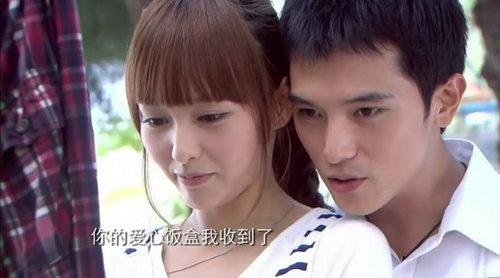 张玮丁丁恋情亲密照曝光 盘点不靠谱的明星情侣