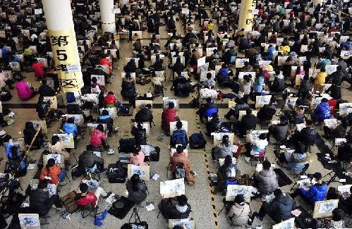 2013艺考时刻:看俊男美女编制明星梦/组图