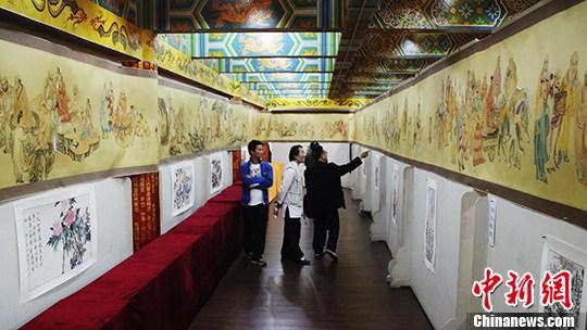 重庆华岩寺展出百米 五百罗汉图