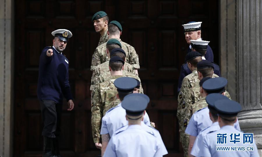 伦敦圣保罗大教堂 撒切尔夫人葬礼准备就绪